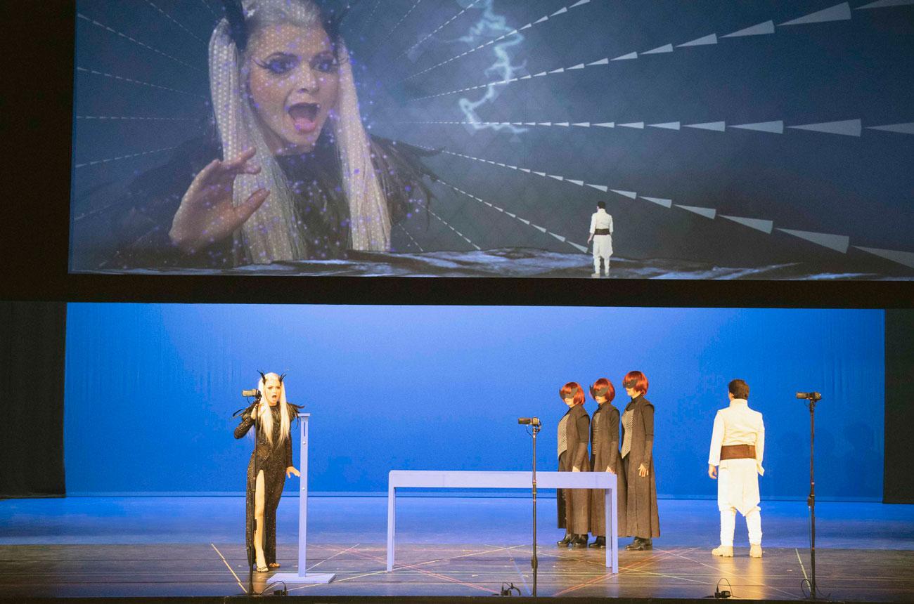 Bühnenfoto von der Oper Die Zauberföte